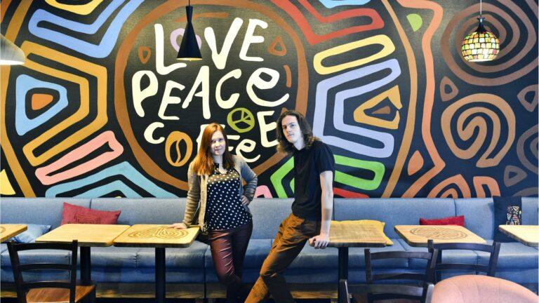 Роспись стен в кафе Tucano Coffee