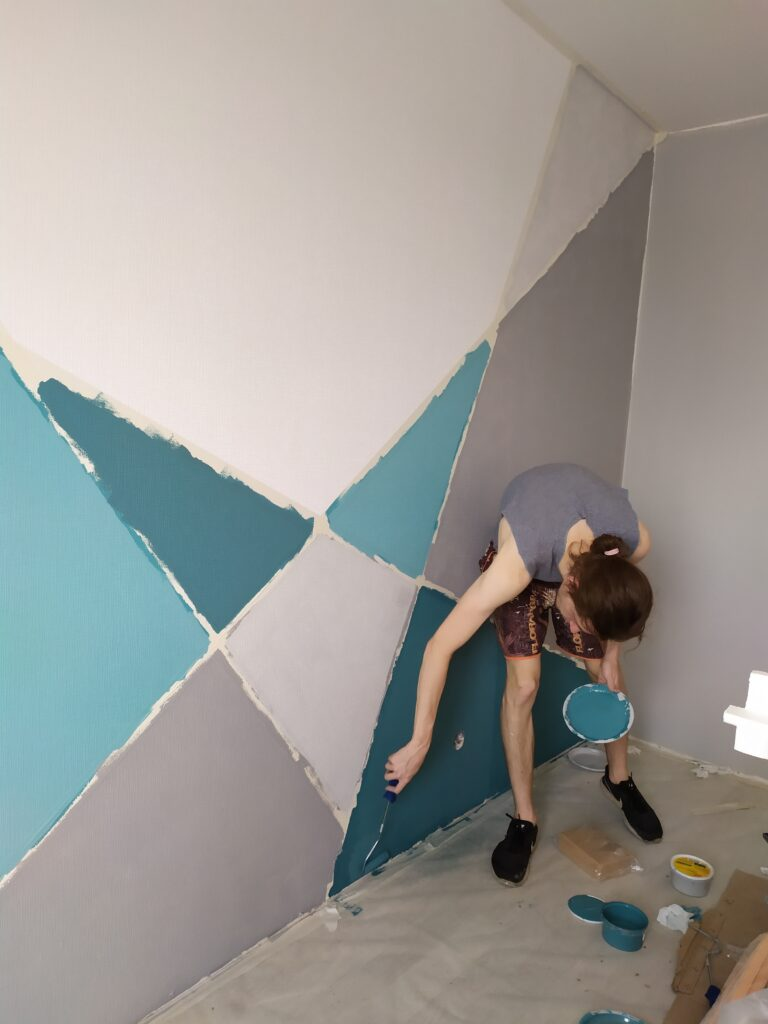 закрашиваем геометрические треугольники