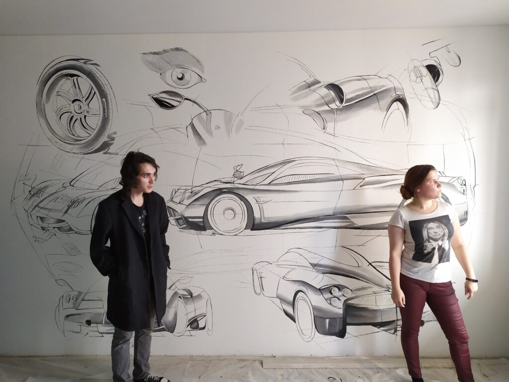 рисунок машины в детской комнате мальчика