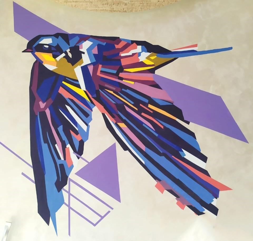 рисунки на стене в квартире птица