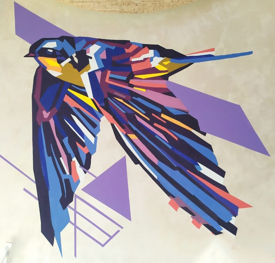 рисунки птиц на стене