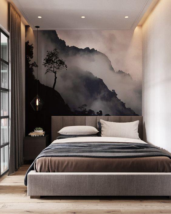 горы на стене в квартире