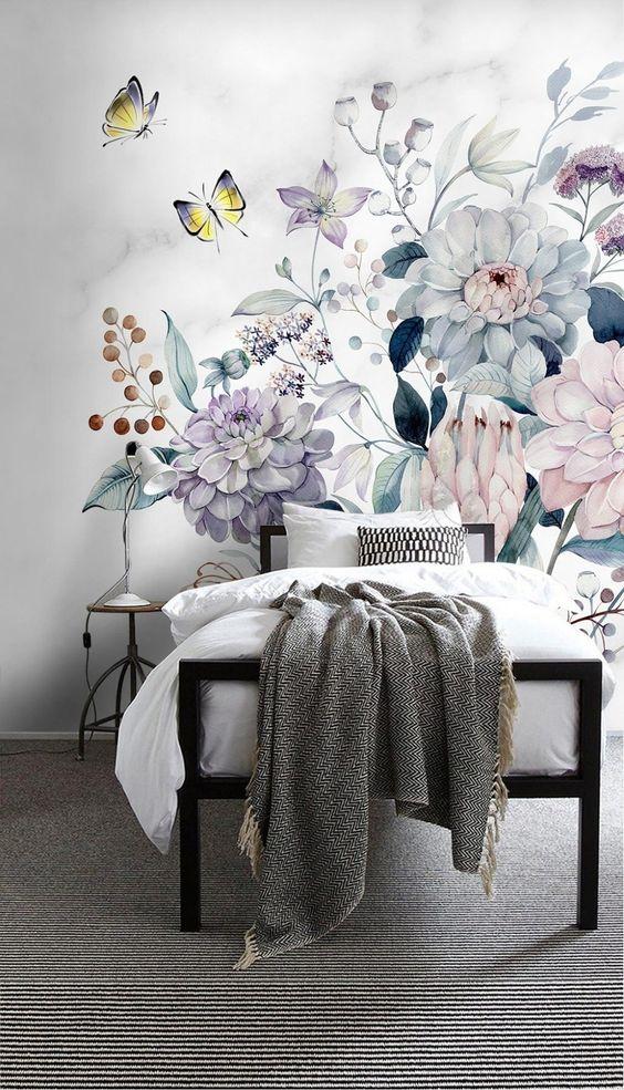 рисунок цветов на стене