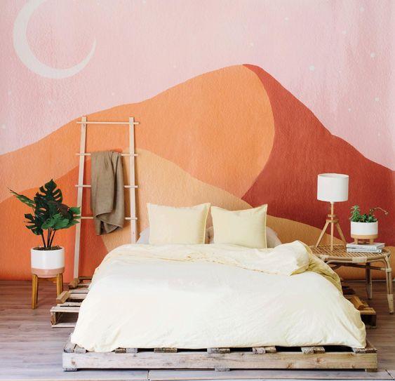 рисунок гор в спальне