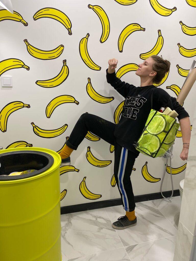 рисунок бананов на стене