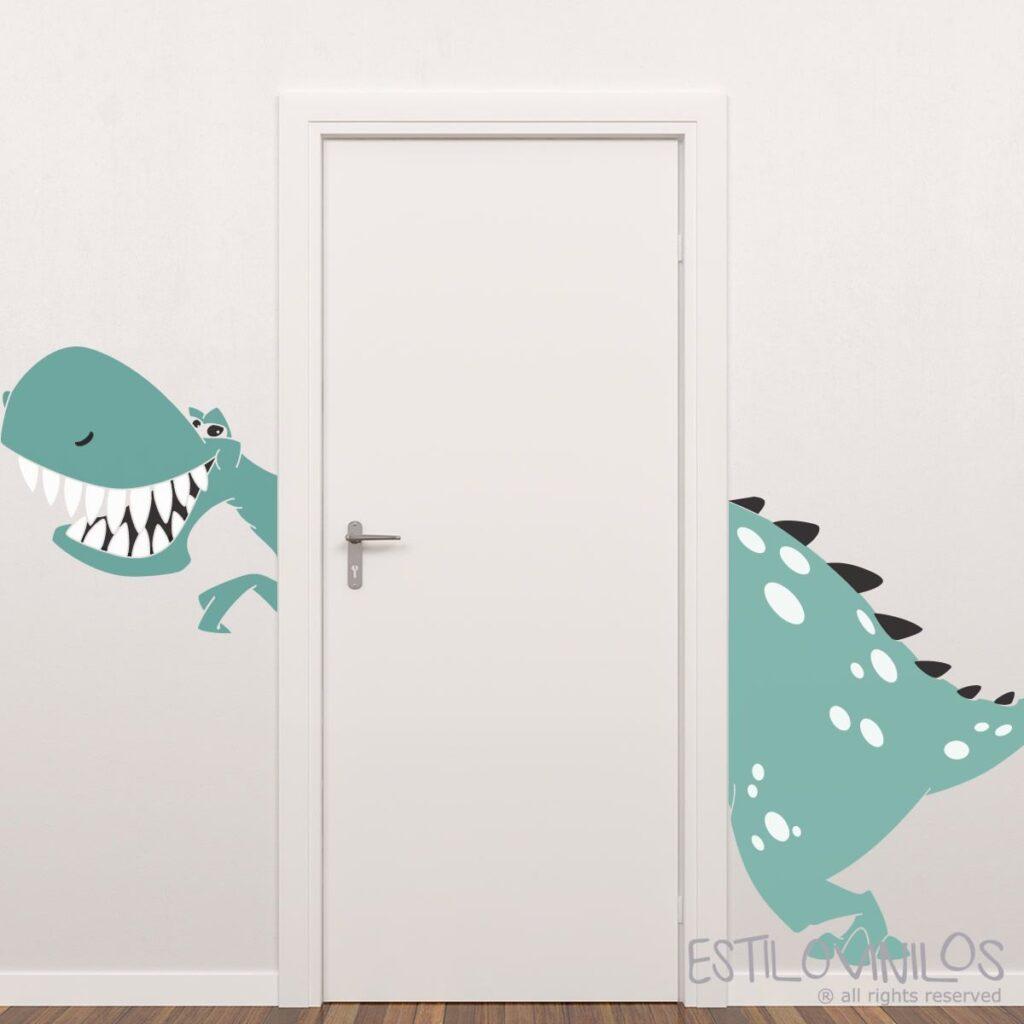 дверь с драконом