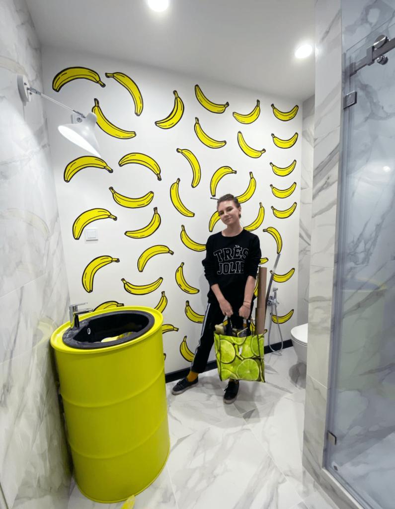 банановая роспись стен