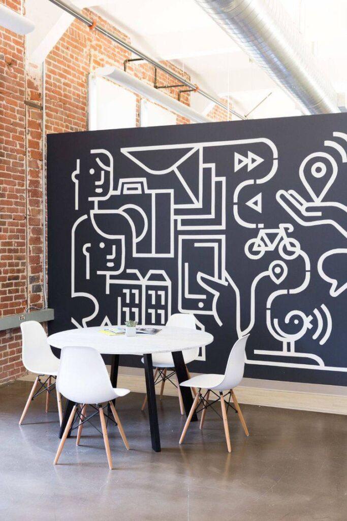 роспись линиями на стене