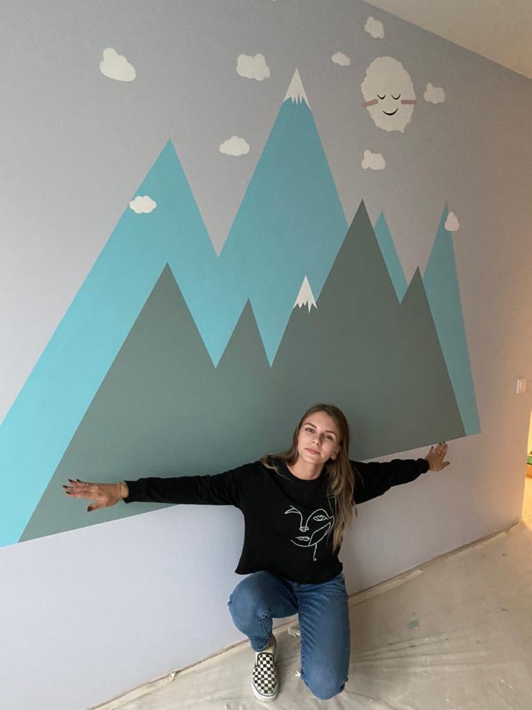 роспись стен горами в детской